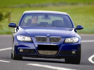 Tips Membeli BMW E90 Bekas