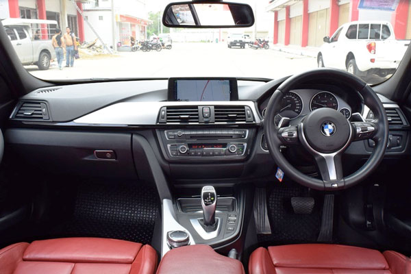 Review Spesifikasi BMW F30 Seri-3 2013-2018