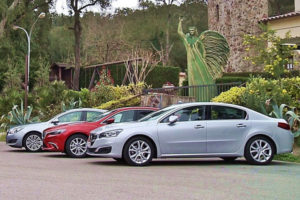 Perbandingan Honda Accord vs Mazda6 vs Peugeot 508