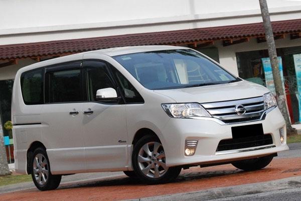 Perbedaan Nissan Serena C26 Tipe X, HWS dan Autech