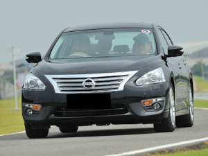 Tips Membeli Nissan Teana Bekas