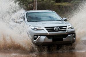 Kelebihan dan Kekurangan Toyota Fortuner Gen 2