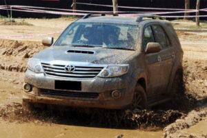 Kelebihan dan Kekurangan Toyota Fortuner Gen 1