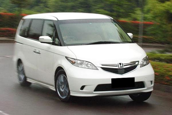 Kelebihan dan Kekurangan Honda Elysion