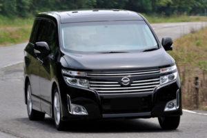 Kelebihan dan Kekurangan Nissan Elgrand E52