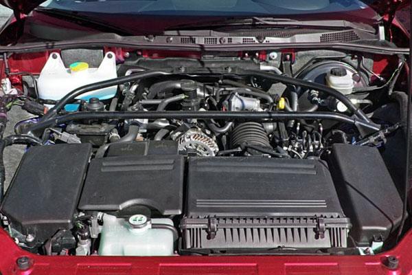 Kelebihan dan Kekurangan Mazda RX-8