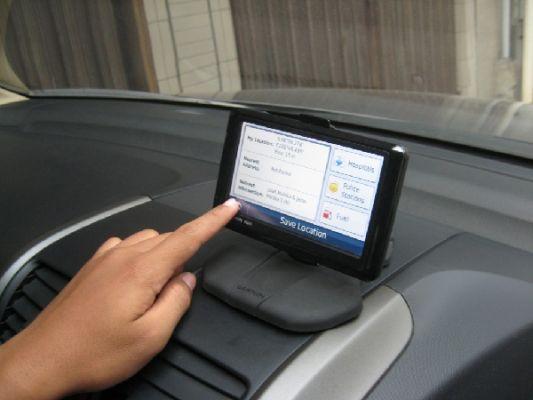 Cara Memilih GPS Mobil yang Bagus dan Benar