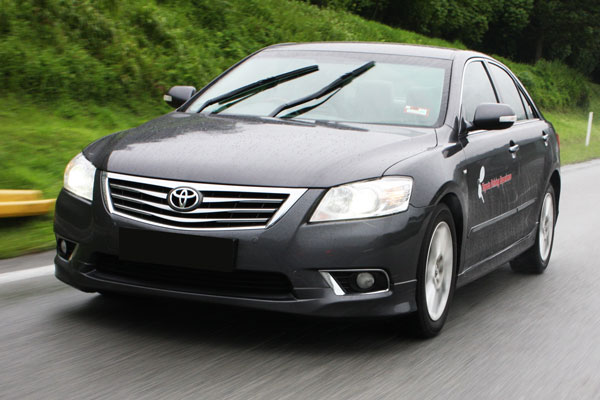 Kelebihan dan Kekurangan Toyota Camry XV40 Gen 2