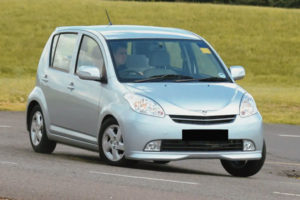 Kelebihan dan Kekurangan Daihatsu Sirion