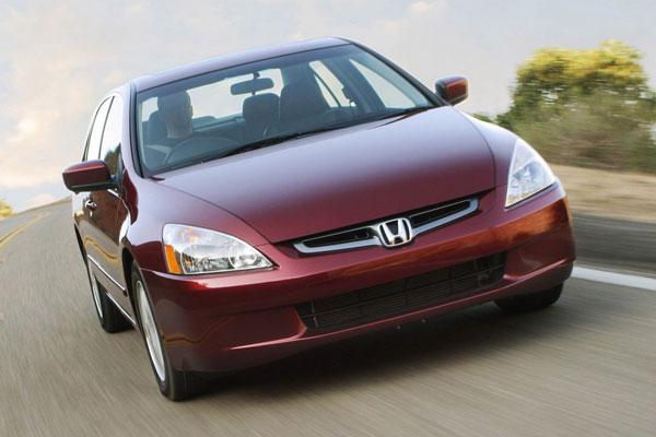 Kelebihan dan Kekurangan Honda Accord CM5