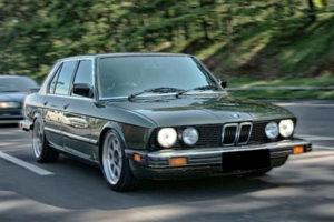 Kelebihan dan Kekurangan BMW E28 520i