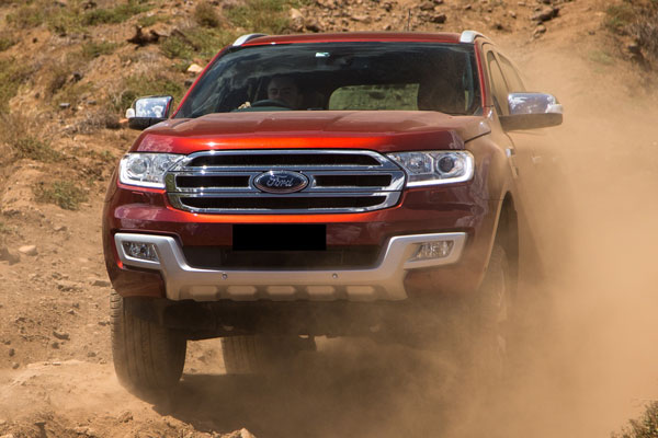 Kelebihan dan Kekurangan Ford Everest Gen 3 All New