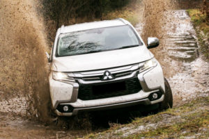 Kelebihan dan Kekurangan Mitsubishi Pajero Sport Gen 2 All New
