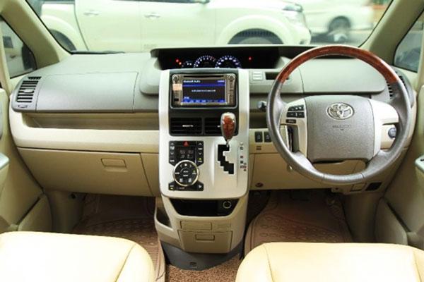 Review Spesifikasi Toyota NAV1