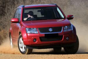 Kelebihan dan Kekurangan Suzuki Grand Vitara 2.0 & 2.4