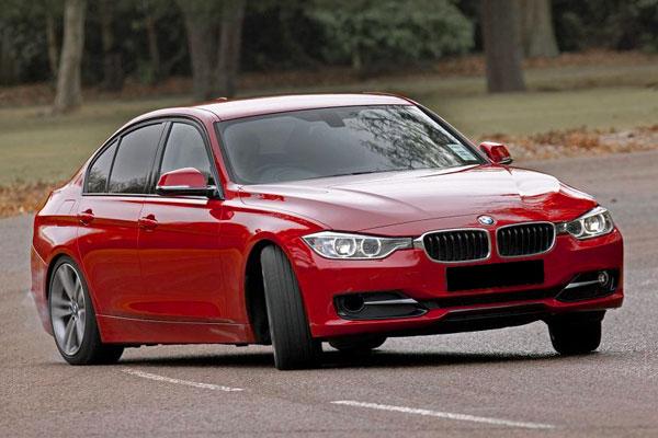 Kelebihan dan Kekurangan BMW F30 Seri-3 2013-2018