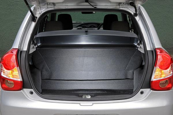 Review Spesifikasi Toyota Etios Valco