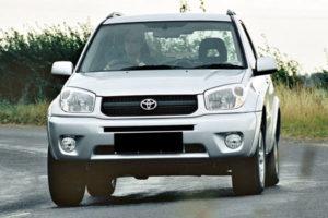 Kelebihan dan Kekurangan Toyota RAV4 Gen 2