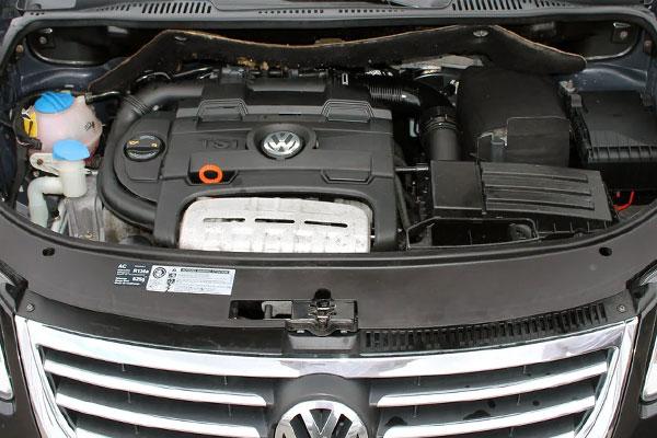 Kelebihan dan Kekurangan VW Touran Gen 1