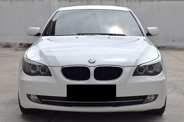 Review, Spesifikasi, Kelebihan dan Kekurangan BMW E60 Seri-5 2004-2011